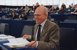 Jeg har ikke fiflet med diæterne, mener Ole EU. (Foto: Socialdemokraterne)