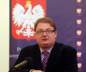 Polske Michal Kaminski er formand for de EU-kritiske konservative i EU-Parlamentet, en gruppe stiftet sammen med de britiske konservative. Men ifølge britisk presse er de uenige om briternes mærkesager Lissabon-traktaten og landbrugsstøtten.